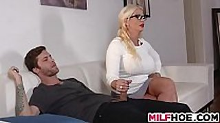 Stepdaughters boyfriend seduced by mama