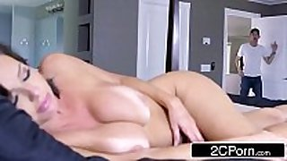 Sexy milf veronica avluv can't live without big schlong