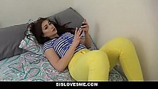 Sislovesme - sexy step-sis wants to fuck
