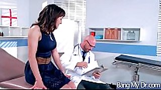 Hardcore sex act between doctor and hot doxy pa...