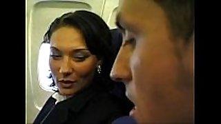 Sex in the airplane (privatecams.pe.hu)