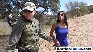 Border patrol catches sexy civilian BBC doxy and fu...