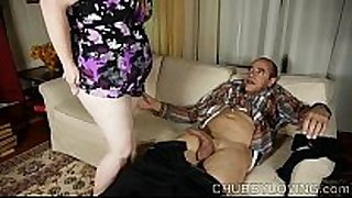 Cute chubby babe can't live without giving a hawt footjob