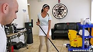 Bangbros - the new cleaning dark penis floozy swallows a load!
