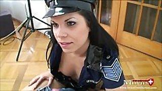 Perverse polizistin beim schwanzverhör - spm am...