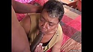 Ebony grandma can not live out of big black strapon