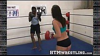 Boxing sinn sage combat fetish - big arse whit...