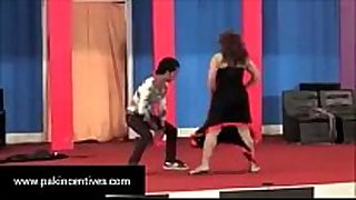 Desi hot mujra