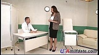 American hopeless wife fucked by doctor
