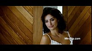 Penelope cruz topless sex scene