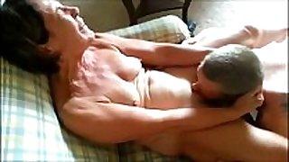 Granny receives orally satisfied cuckold