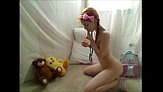 Hot legal age teenager redhead dolly little masturbating in f...