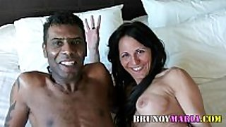 Raquel abril con un chico darkey de bruno y mari...
