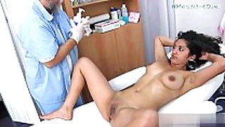 Sexy daughter homemade oral job stimulation