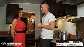 Hot milf veronica avluv acquires big jugs drilled
