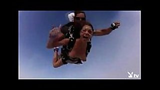 Nude hawt angels skydiving!