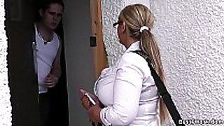 Dani - door-to-door salesgirl scores herself a ...