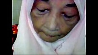 Malaysian granny oral