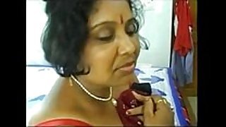 1. chubby aunty పూకు దెంగా