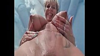 German aged slutty wife squirts outdoor