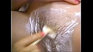 Retro porn - sexy blond shaving brunette hair