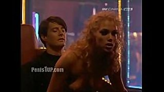 Elizabeth berkley - showgirls (lapdance)