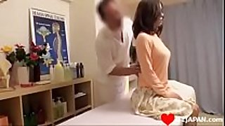Pretty jap massage fuck